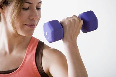 在我们的手臂训练课中!我们选用8个经典锻炼动作,肱三头肌4个动作、肱二头肌4个动作。采用多组数多角度刺激肌肉! 手臂肌肉锻炼主要分肱三头肌和肱二头肌,其中过程中前臂肌肉也