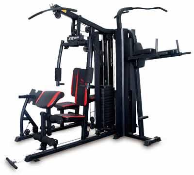 健身器材常以训练功能多少来分为单功能和综合型多功能两大类。单功能器械,常用的有划船器、健美车、健步机、跑步机、美腰机等。它们的主要功能是:  划船器:主要用来增强手臂