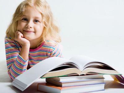 很多家长都纷纷表示,自己的孩子平时干什么都行,就是一到了让他看书的时候就会坐不住,总是走神。平时在学校也是,面对教材也总是坐不住,不能安心读书。其实,这也与心理健康有一
