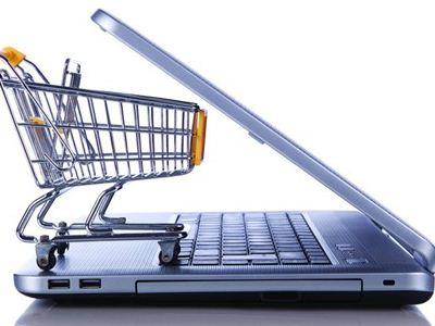 如今,网络技术变得十分发达,所以人们在购买物品的时候都喜欢在网上,方便快捷。但是,心理健康专家发现,很多人因为网络购物而患上了网购强迫症,这对生活的影响是很严重的。那么