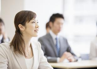 在现代人的观念里,女性朋友们在工作的时候,不论是工作能力还是职场状态,都比不上男性,因此,男性比女性更有快速升值的空间,可是事实并非如此,女性朋友们只要把握好了自己的心态