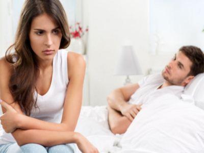 在两个人谈恋爱的时候,一切都是那么美好,女人特别喜欢男人的一些甜言蜜语,就好像是爱情的调味剂一样,让人感觉特别的美妙。不过,心理健康专家指出,作为女人,千万不要相信男人的