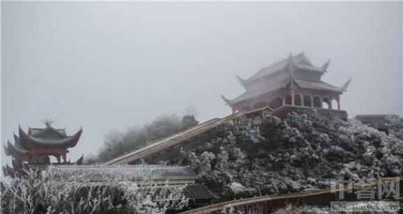 湖南张家界迎冰雪 美景吸睛
