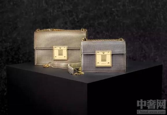 versace包包帅气登场 引领极简风潮