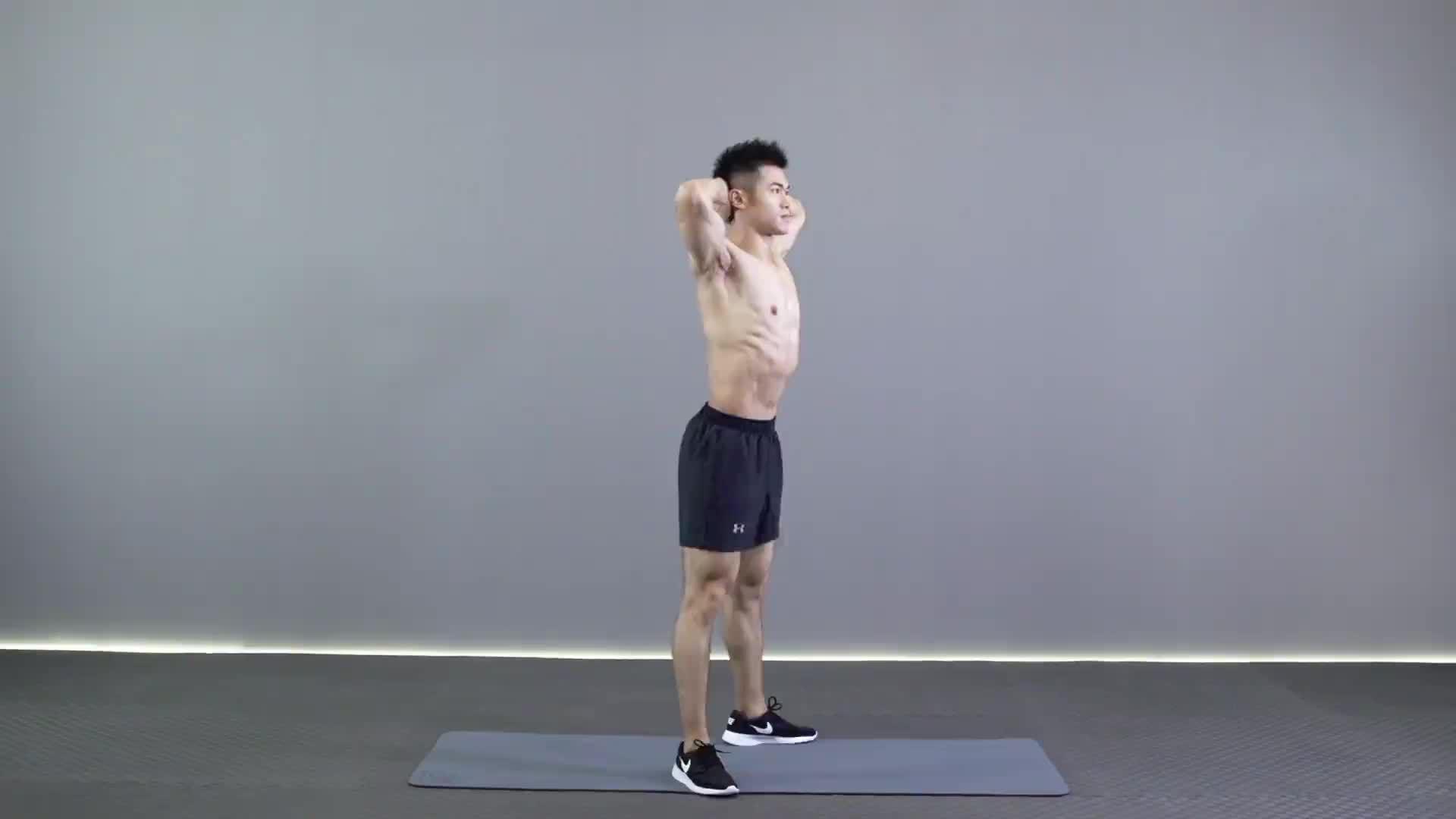 动作要领图                 1、挺胸收腹,收紧臀部         1、脚尖与膝盖保持同一方向,下蹲膝盖不要超过脚尖           主要肌肉示意图        抱头深蹲的动作要领 1、挺胸