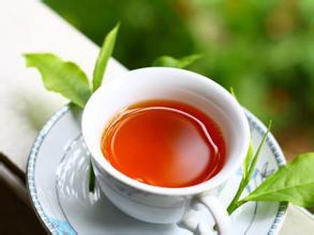 什么样的红茶最好呢?红茶有许多种,不同的红茶有着不同的好处,那么,你知道什么样的红茶最好喝呢?下面就给大家介绍下什么样的红茶是最好喝的吧。生活中,许多人都喜欢喝掉红茶,大家