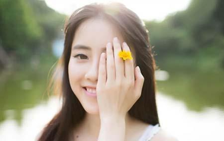 """爱笑的人运气不会差  经常笑一笑真的可以让你变年轻在日常的生活中很多人应该都听说过""""笑一笑,十年少""""这种说法,但是很多人却并不相信,认为笑只能开朗心情,但是却没有帮助人抵"""