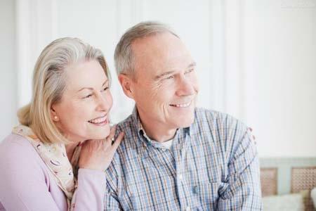 """危险又隐蔽的老人病有哪些 你知道几种?在大部分人看来,上了年纪最需要防的就是""""三高""""等常见慢性病。但老人病你知道哪几种呢?1、痴呆症在中国,约2/3的痴呆症为阿尔茨海默病,这"""