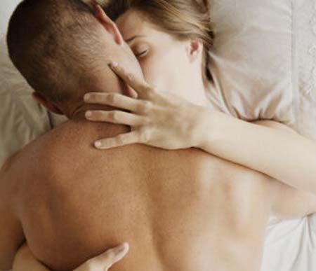阴道松弛  除了影响快感还会带来什么女性生活频繁、生产都会让导致阴道松弛,这是很多女性都不可避免的一个问题,那么这到底算不算是一种病呢?阴道松弛除了会影响性爱快感之外,