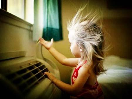 常在空调房  勤做这3件事现在正值夏天天气炎热,很多人都不愿意顶着大大的太阳走到户外去做运动,于是绝大多数人都宁愿待在室内进行锻炼、运动和工作。在享受着室内空调阵阵凉