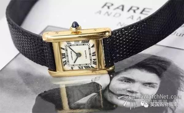 上月佳士得纽约举办的《珍罕腕表与美国历史名人》的拍卖会上,美国前总统夫人杰奎琳肯尼迪夫人的卡地亚Tank腕表,以379500美元的价格拍出,超出最低估价的5倍价还多,成为史上最贵